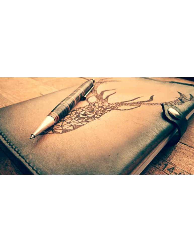 Fundas de cuero para libros  Hieros Leather Funda de cuero para libros, agendas o cuadernos. Diseño Reno Geométrico. A6 Funda de