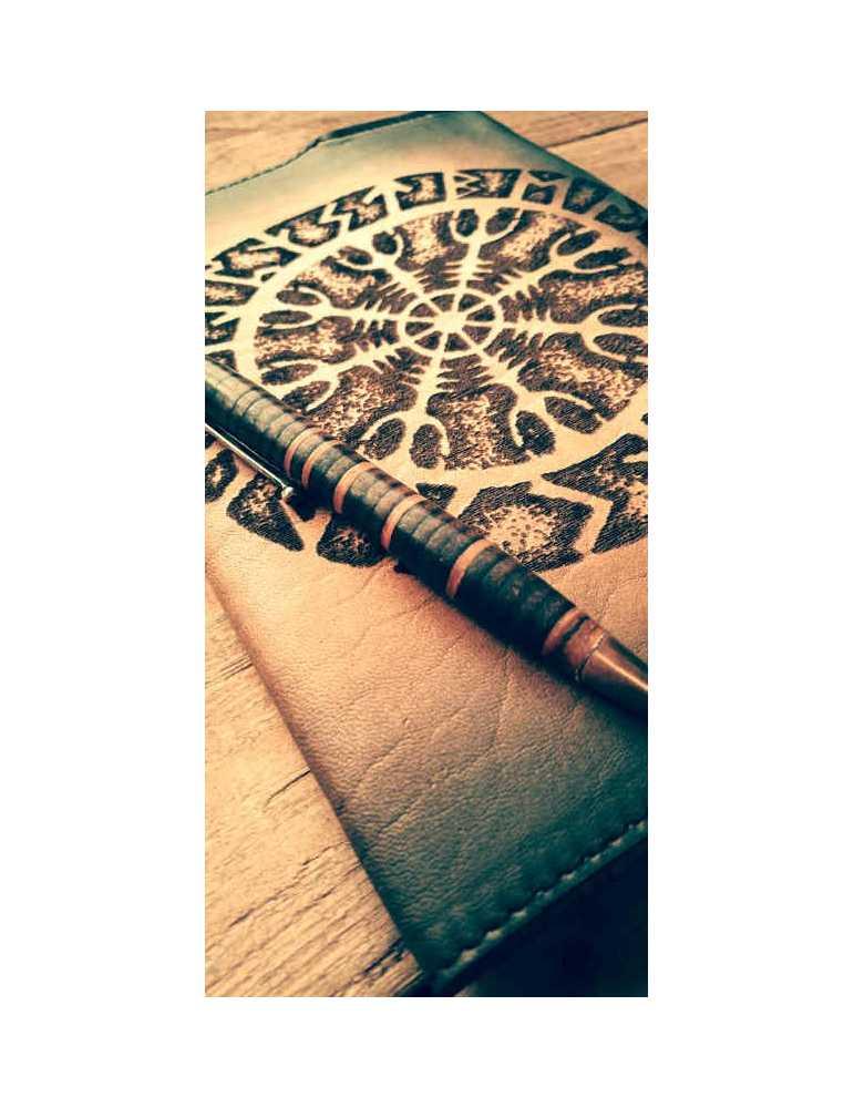 Fundas de cuero para libros  Hieros Leather Funda de cuero para libros, agendas o cuadernos. Diseño Vegvisir. A6 Funda de cuero