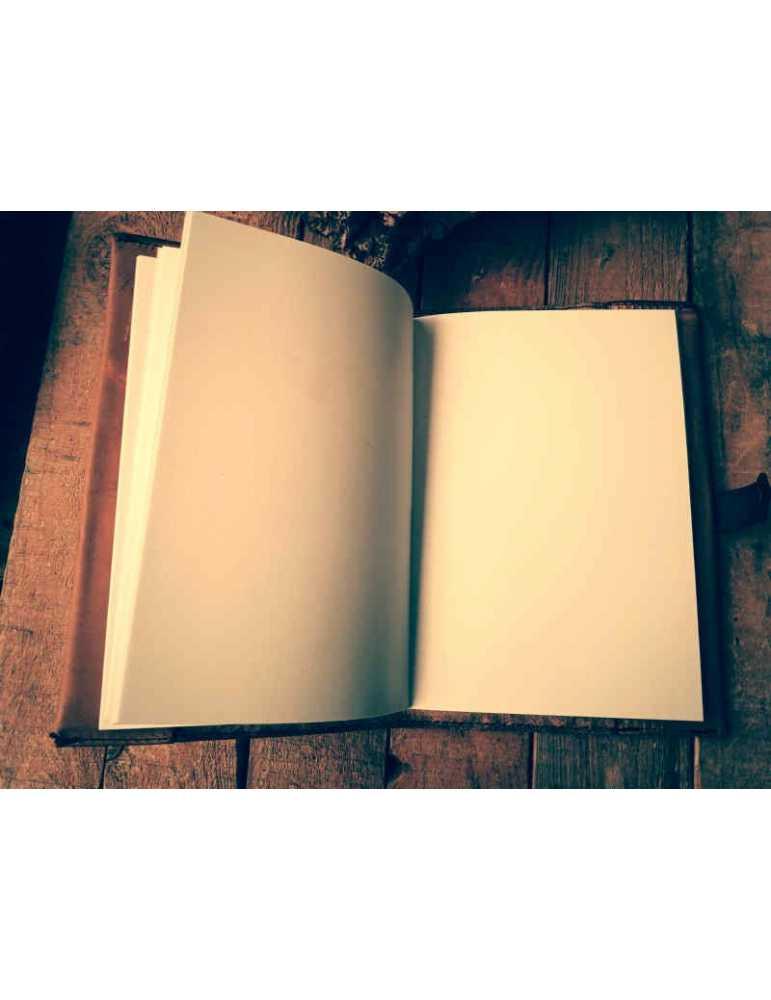 Fundas de cuero para libros  Hieros Leather Funda de cuero para libros, agendas o cuadernos. Diseño Libélula. A6 Funda de cuero