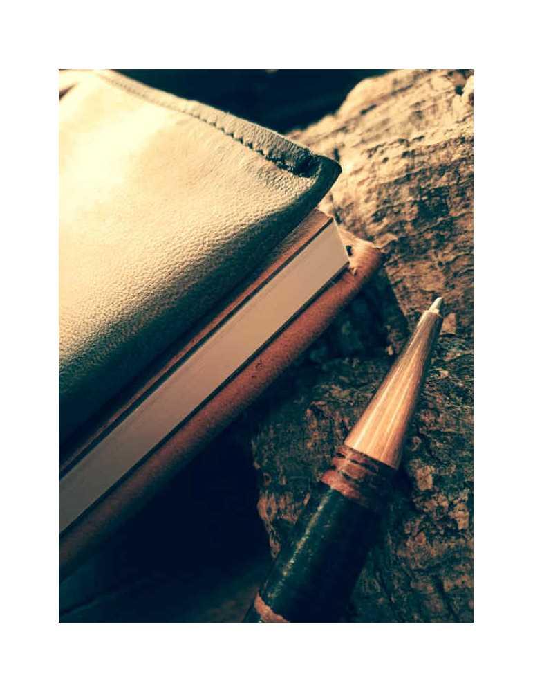 Fundas de cuero para libros  Hieros Leather Funda de cuero para libros, agendas o cuadernos. Diseño Mariposa. A6 Funda de cuero