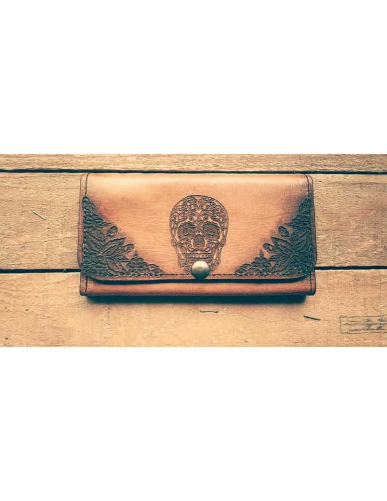 leather hanscrafted wallet women