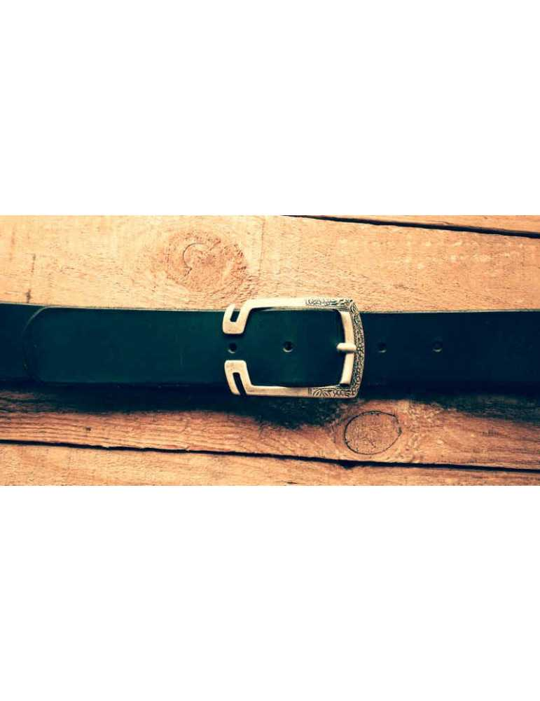 black leather belt clasps
