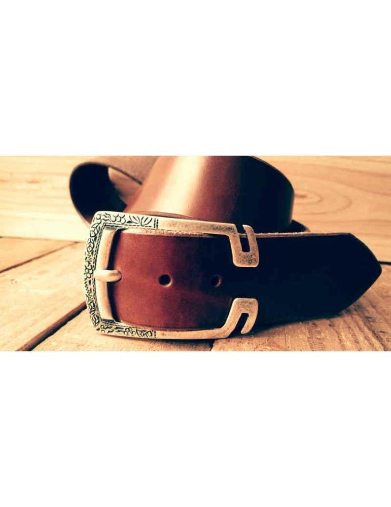 cinturón de cuero a medida