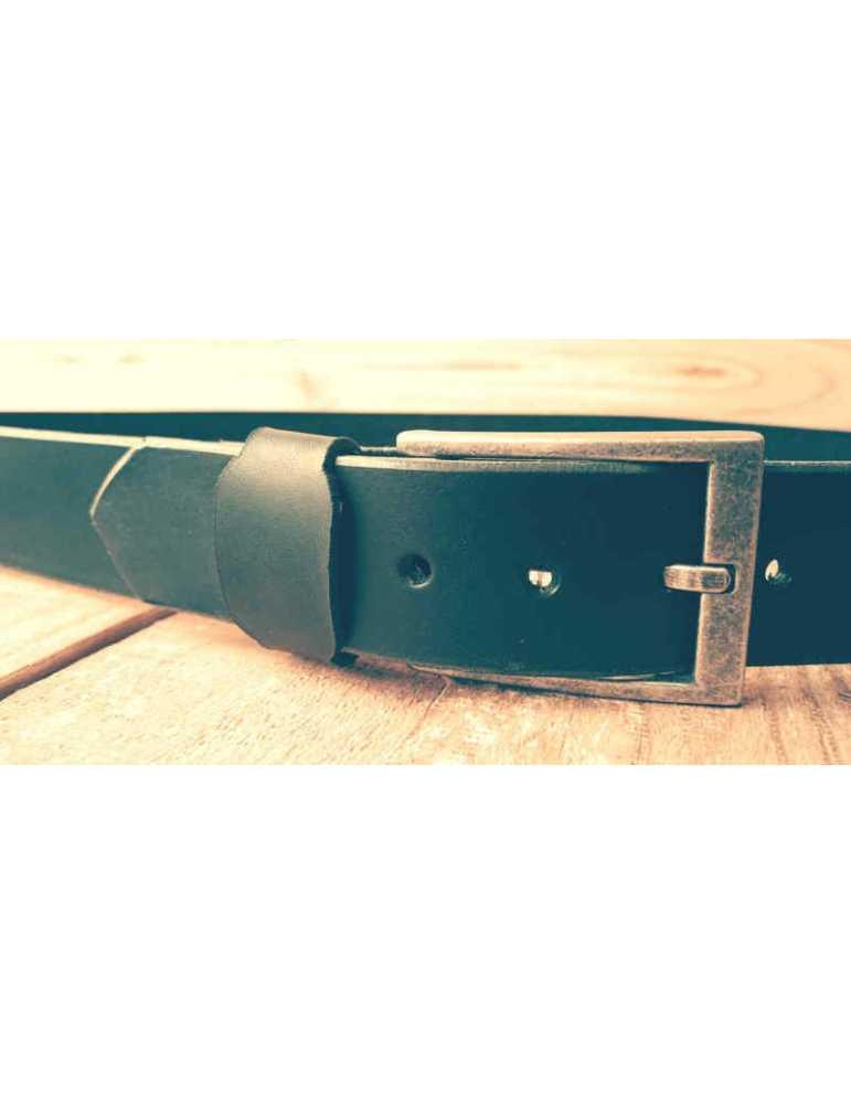 cinturon de cuero negro